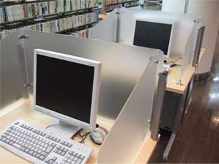 インターネット用パソコンの写真